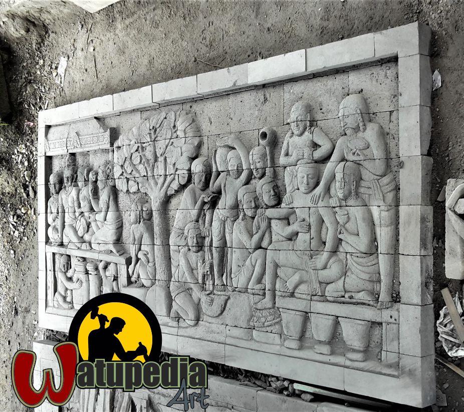 Ukuran relief di atas adalah 3,2 m x 1,5 m dengan tebal batu 10 cm. Harganya 12 juta untuk 1 unit.Ini adalah satu panel di borobudur yang menceritakan tentang karmawibangha.
