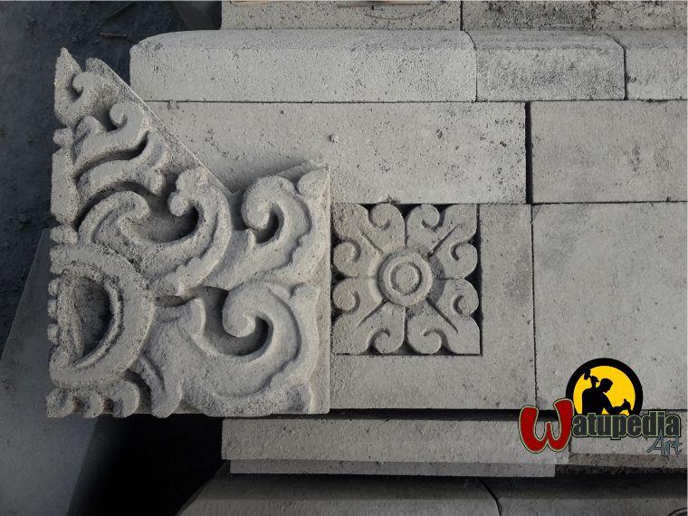 Kami menerima orderan pekerjaan berupa Ukiran Batu candi karya pemahat Muntilan. Harga untuk Ukiran Batu candi karya pemahat Muntilan tebal 5 cm adalah 1,3 – 2 juta rupiah/meter persegi.