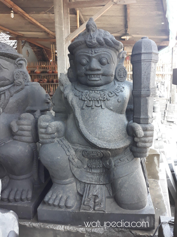 Lama pengerjaan patung gupala tinggi 1 meter ini paling tidak memakan waktu 1-2 bulan kalau tidak ada aral melintang.