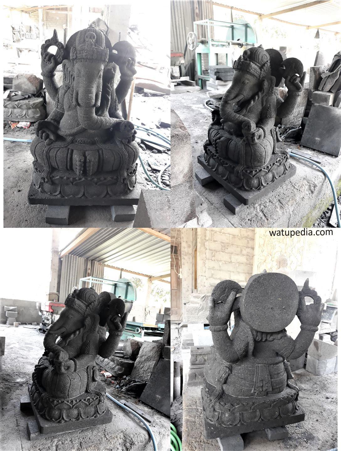 Patung Ganesha batu candi